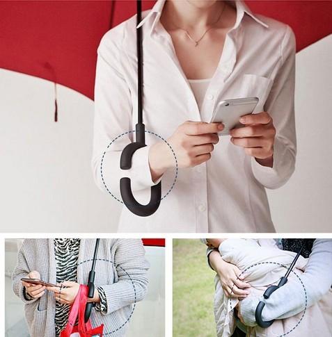 C nyakú virág mintás esernyő