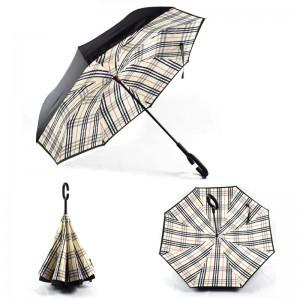 C nyakú kockás mintájú esernyő